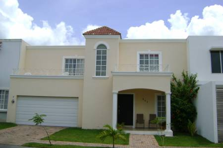 Fachadas de casas modernas fachada moderna bonita estilo for Casas estilo americano