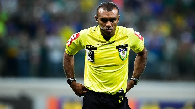 Arbitragem do jogo Bahia x Grêmio