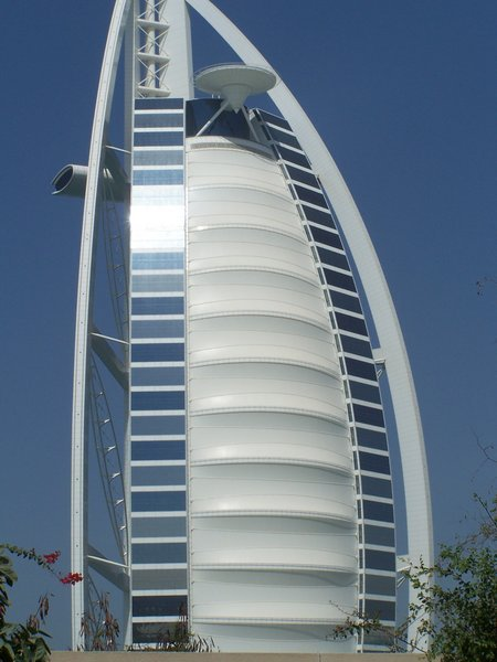 Burj al arab towers dubai seven star hotel in the world for World biggest hotel in dubai
