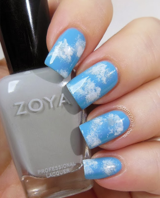 nail art clouds