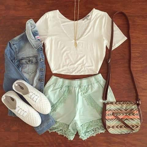 Top, Shorts, Hand Bag, Sneakers, Necklace | Outfits