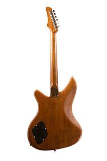 Guitarras Fabricadas con Skates Reciclados