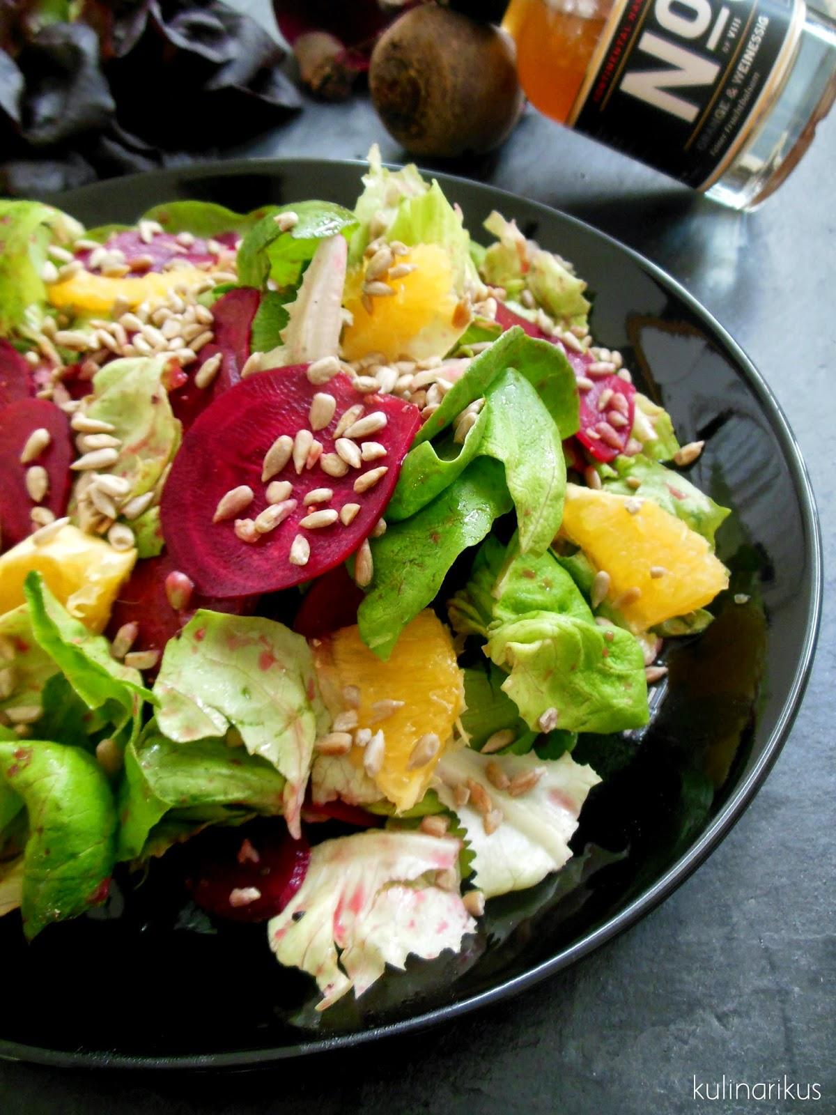 kulinarikus rote bete salat mit orangendressing und sonnenblumenkernen. Black Bedroom Furniture Sets. Home Design Ideas
