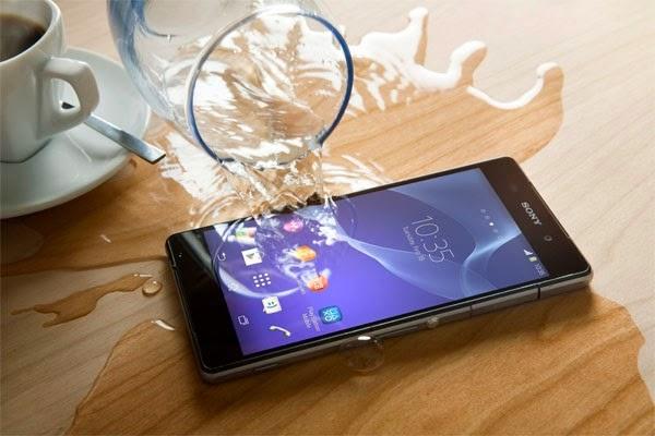 khả năng chống nước tuyệt vời của điện thoại sony xperia z2