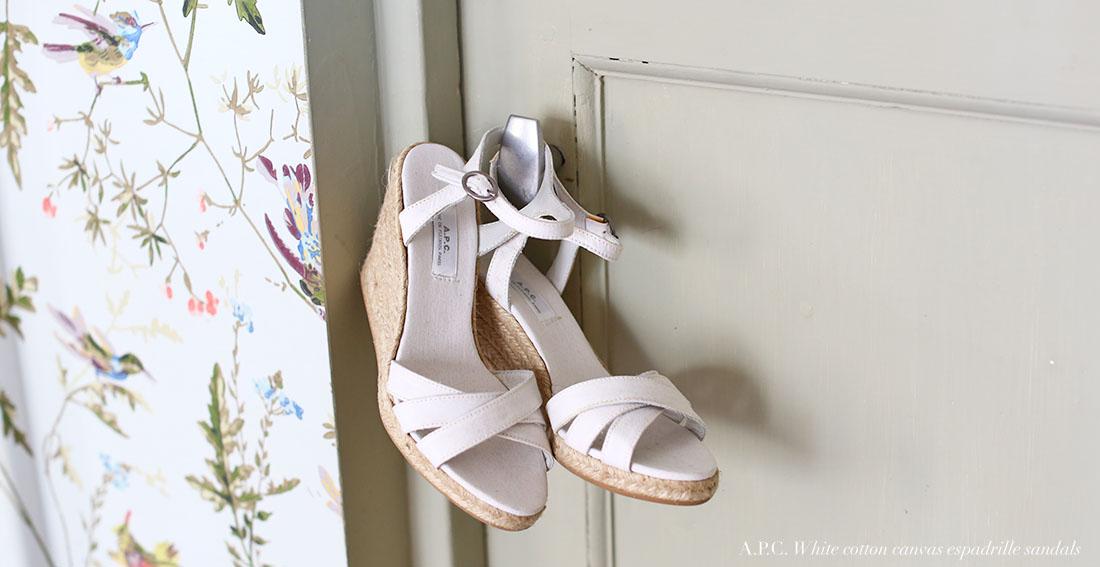 divines sandales apc espadrilles compenses blanches neuves taille 36 exquisite apc white cotton canvas wedge sandals - Chaussures Compenses Blanches Mariage
