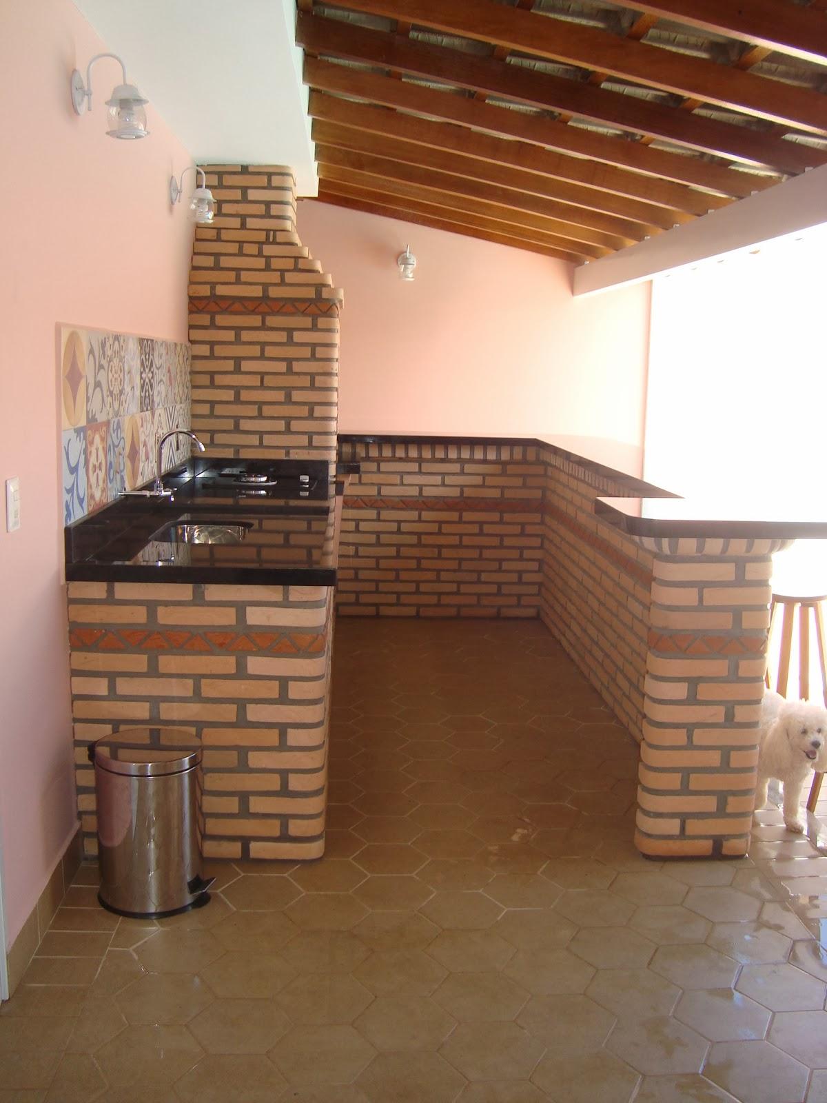 casa da Mi: Churrasqueira e Área de lazer  #995732 1200 1600