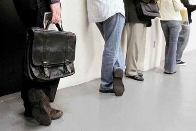 56% des jeunes sans activité salariale