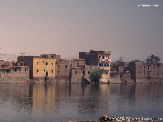 [Gambar] 10 Bandar Tertua di Dunia