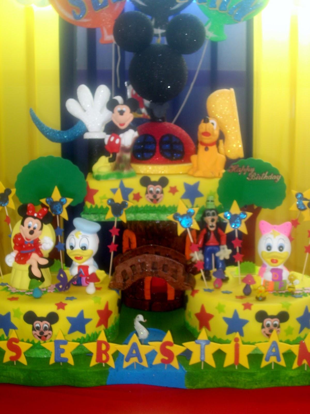 MAGIN CAKES (Tortas Gina): TORTA DE MICKEY MOUSE Y SUS AMIGOS