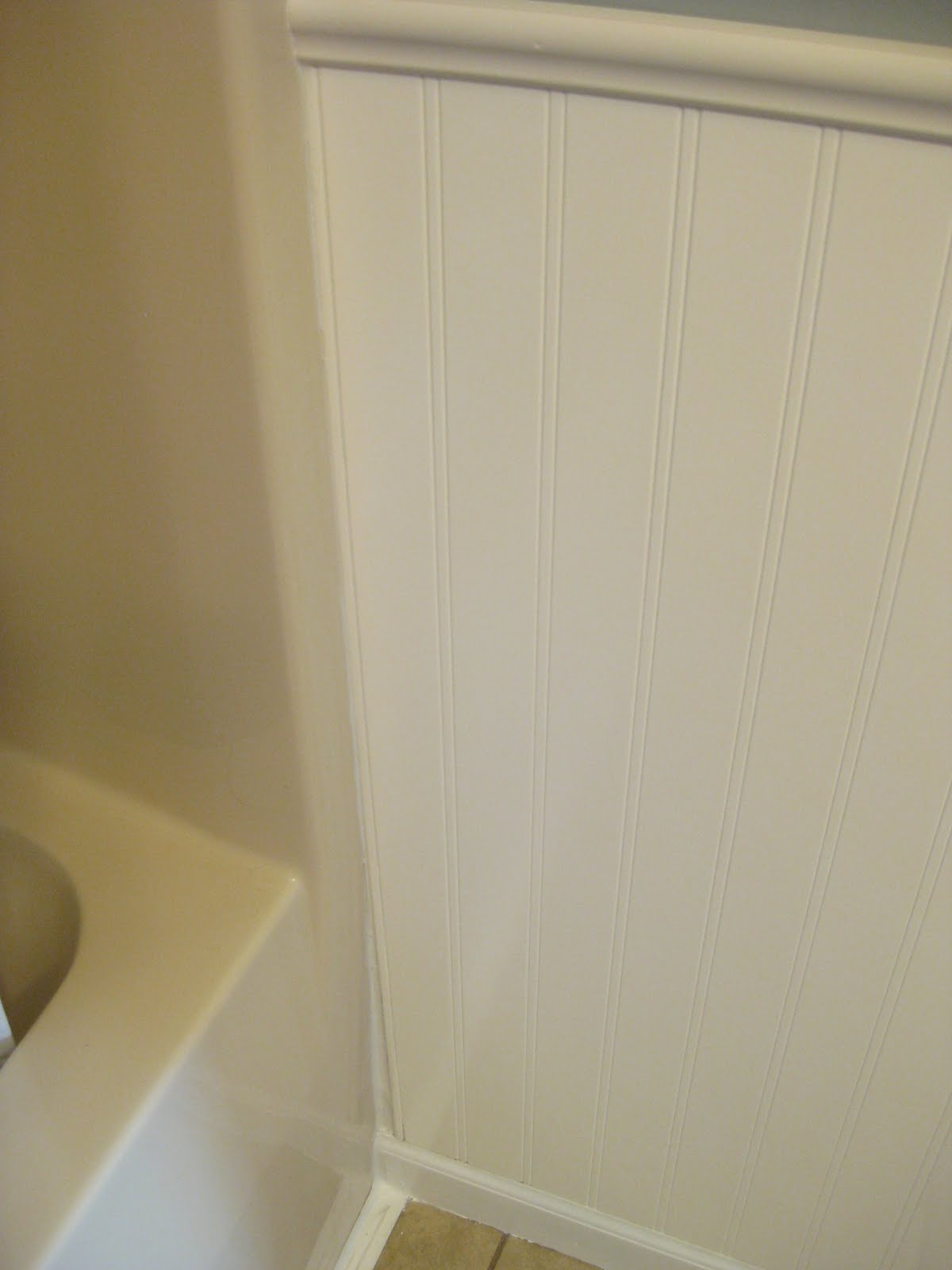 Hems and Haws: Bathroom Beadboard