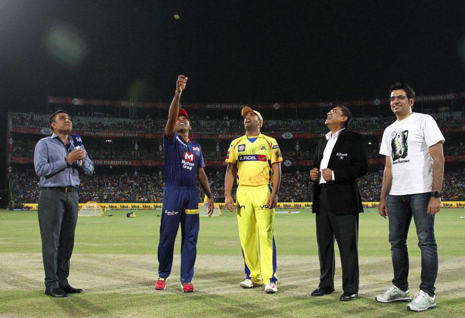 Mahela-Jayawardene-MS-Dhoni-DD-vs-CSK-IPL-2013