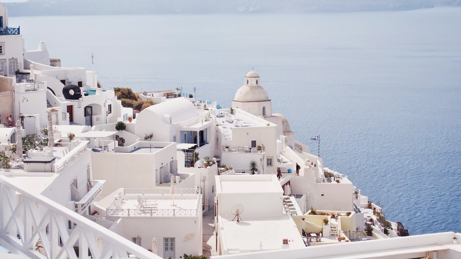 santorini greece, travel tips, budget travel, oia