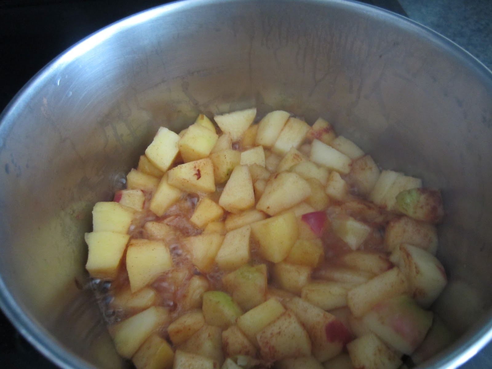 how to make apple cinnamon applesauce