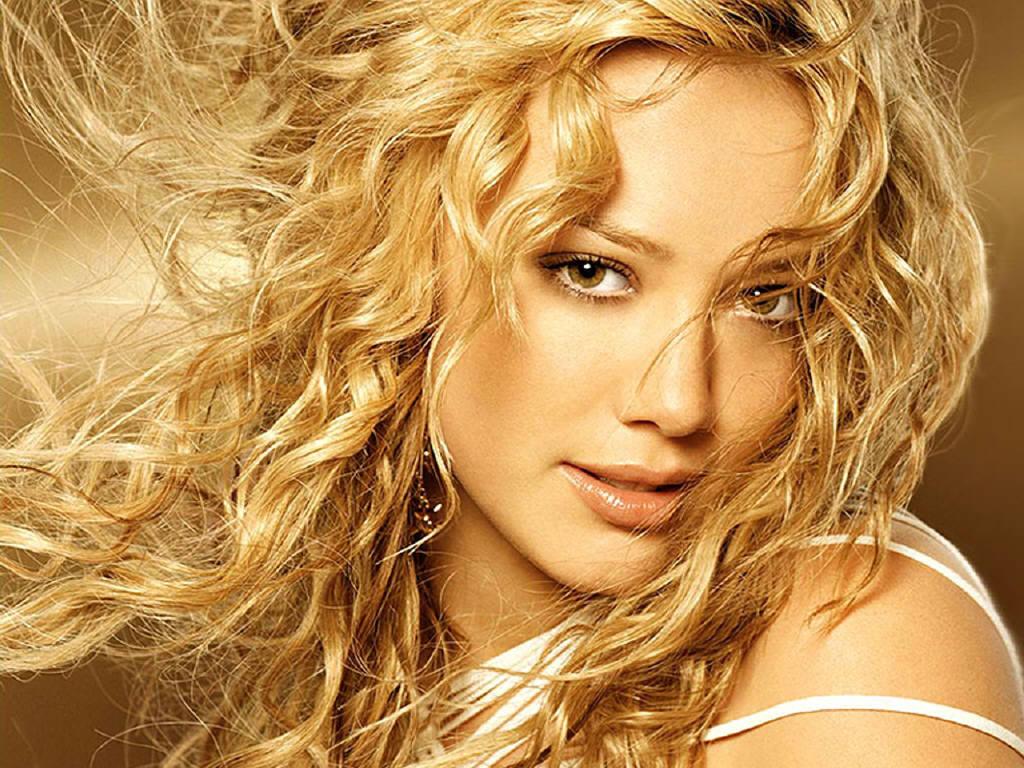 http://4.bp.blogspot.com/-l0yRZL8X4Og/TeTdASvWJvI/AAAAAAAAAFM/01_DiHArkcE/s1600/Hilary+Duff+%25282%2529.jpg
