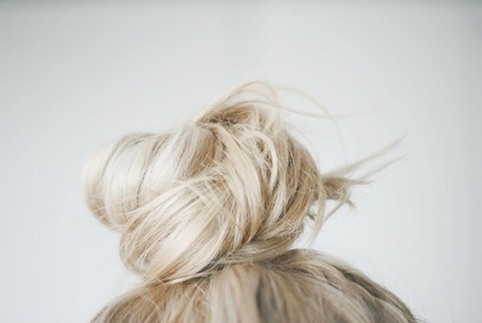 Messy hair bunTumblr Messy Hair Bun