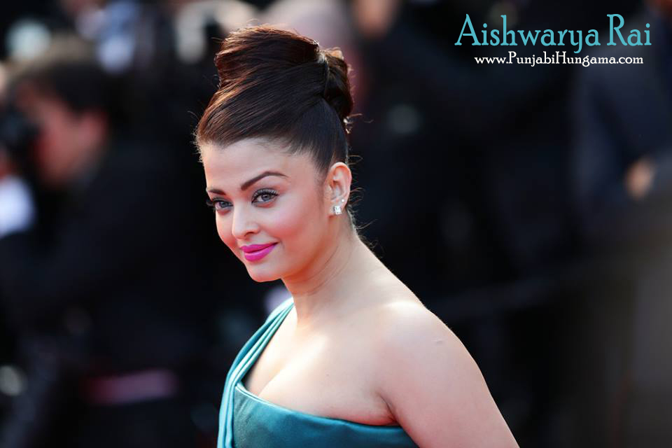 Aishwarya Rai Hot Wallpapers Photos Download