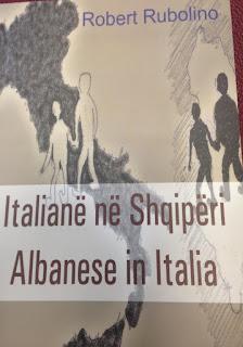 Roberto e Giorgio , due fratellini italiani imprigionati e discriminati nell'Albania comunista