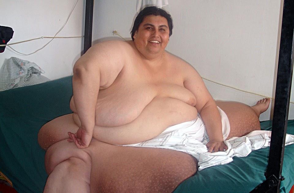 Голые толстые люди