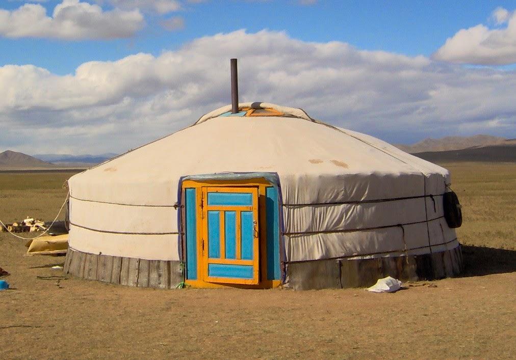 Rumah tradisional suku-suku di dunia