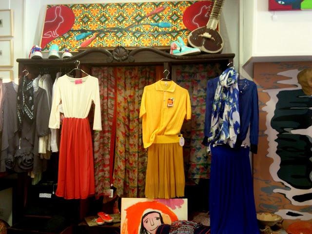 Moda flish fluquing zunder collective un nuevo espacio - Ropa vintage sevilla ...