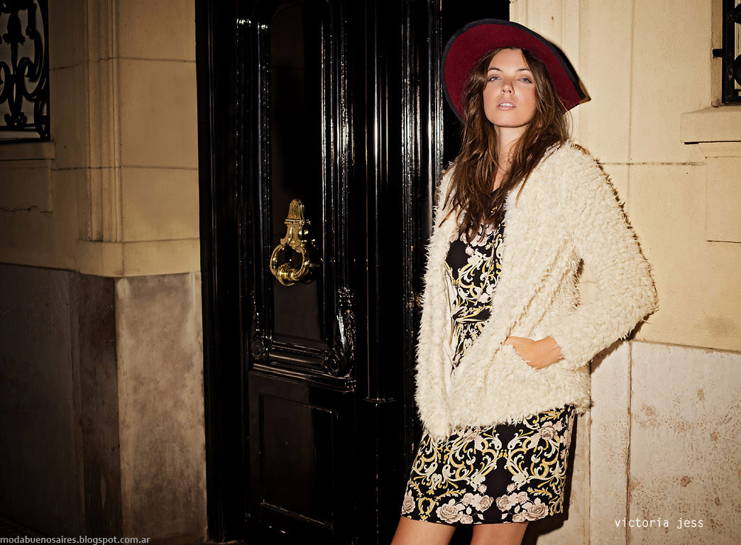 Tapados de piel sintetica Victoria Jess otoño invierno 2015. Moda otoño invierno 2015.
