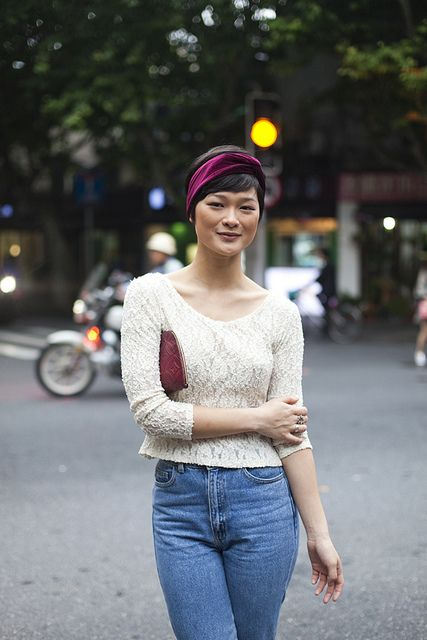 street style of casual outfit