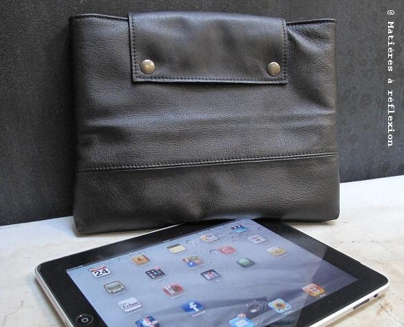 Pochette iPad cuir noir