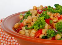 Salada de Soja com Brócolis e Tomate (vegana)