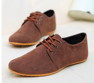 Which Wholesale Mens Shoes Are Dressy Enough To Be Casual?