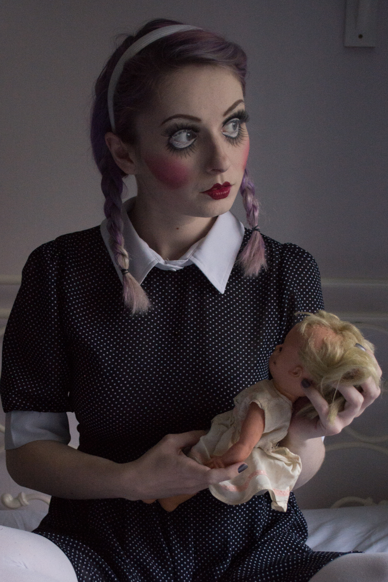 this super creepy doll halloween makeup tutorial | makeup looks