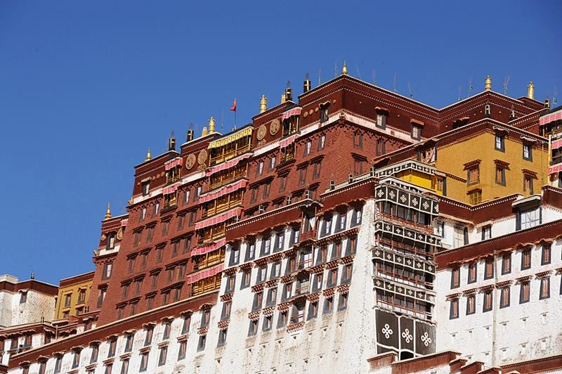The Red Palace is the higher of the two palaces, and is made up of several chapels. Used as a house of prayer by the Dalai Lama, this part of the Potala Palace was dedicated to the study of Buddhism and the advancement of the religion.