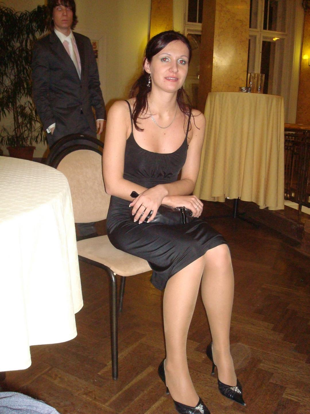 Speechless wives in stockings and heels her
