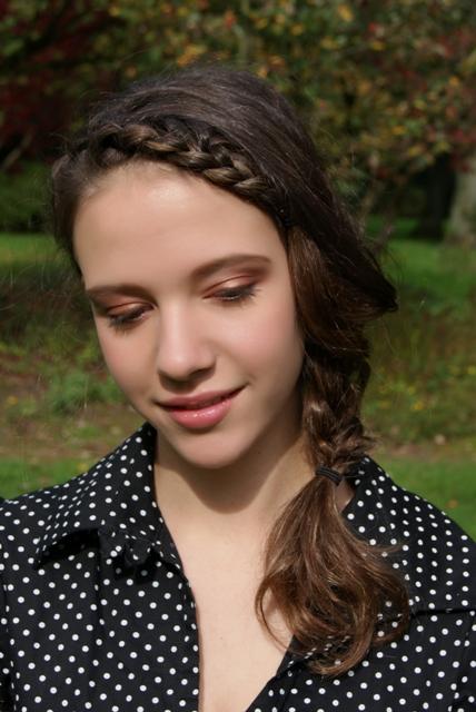 Leyla fashion beauty blog make up artist and hair stylist foto artis