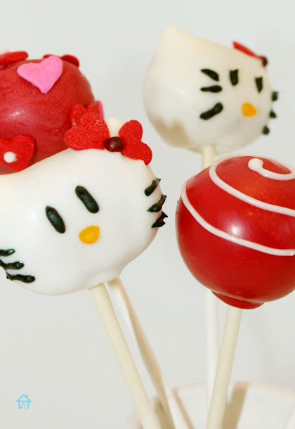 how to make Hello Kitty cake pops for valentines
