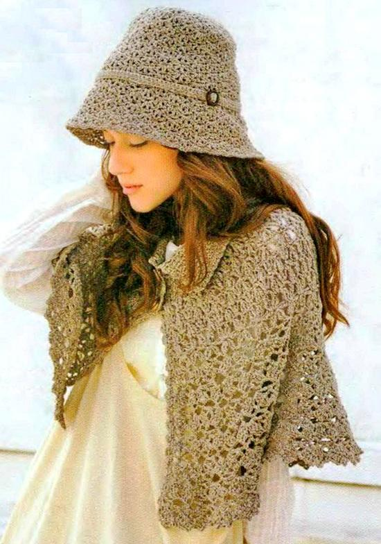 Crochet Patterns Capes : Crochet Shawls: Crochet Cape Pattern Free For Women - Classic Cape and ...