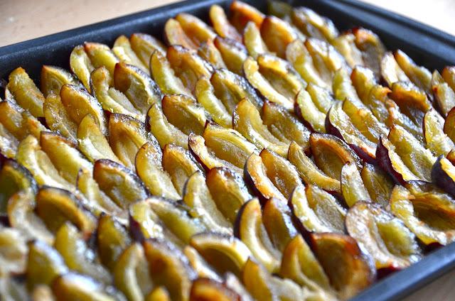 ZWETSCHGENFLECK - AUSTRIAN PLUM CAKE