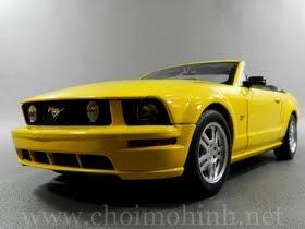 Xe mô hình tĩnh Ford Mustang GT Convertible hiệu AUTOart tỉ lệ 1:18
