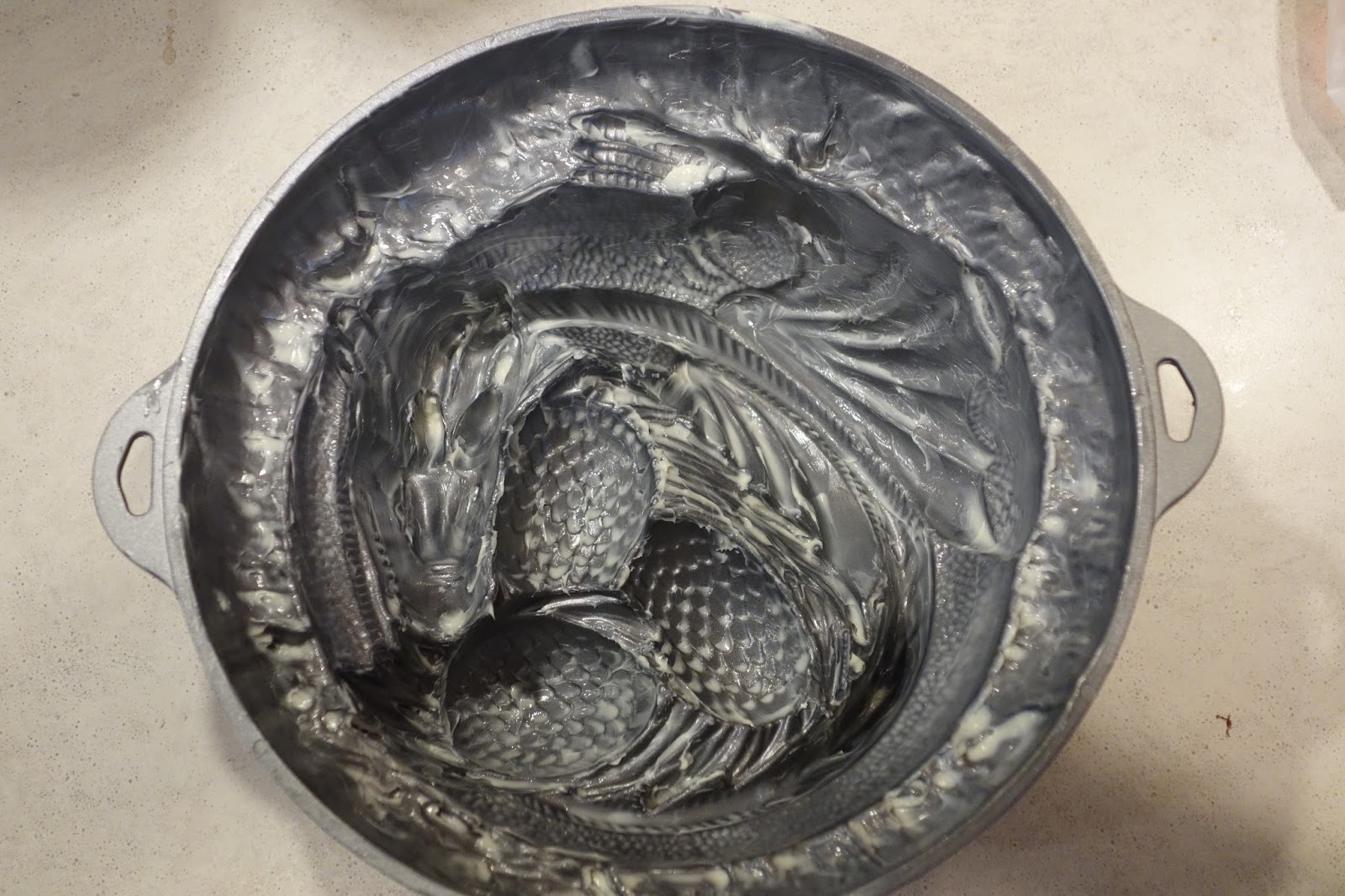 Think Geek Sleeping Dragon Cake Pan