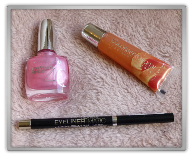 Maybelline - Colorsensational Lucious lipgloss - 410 Peach Sorbet Maybelline - Eyeliner matic - Black Maybelline - Express finish 40 sec - 143 Pearly pink