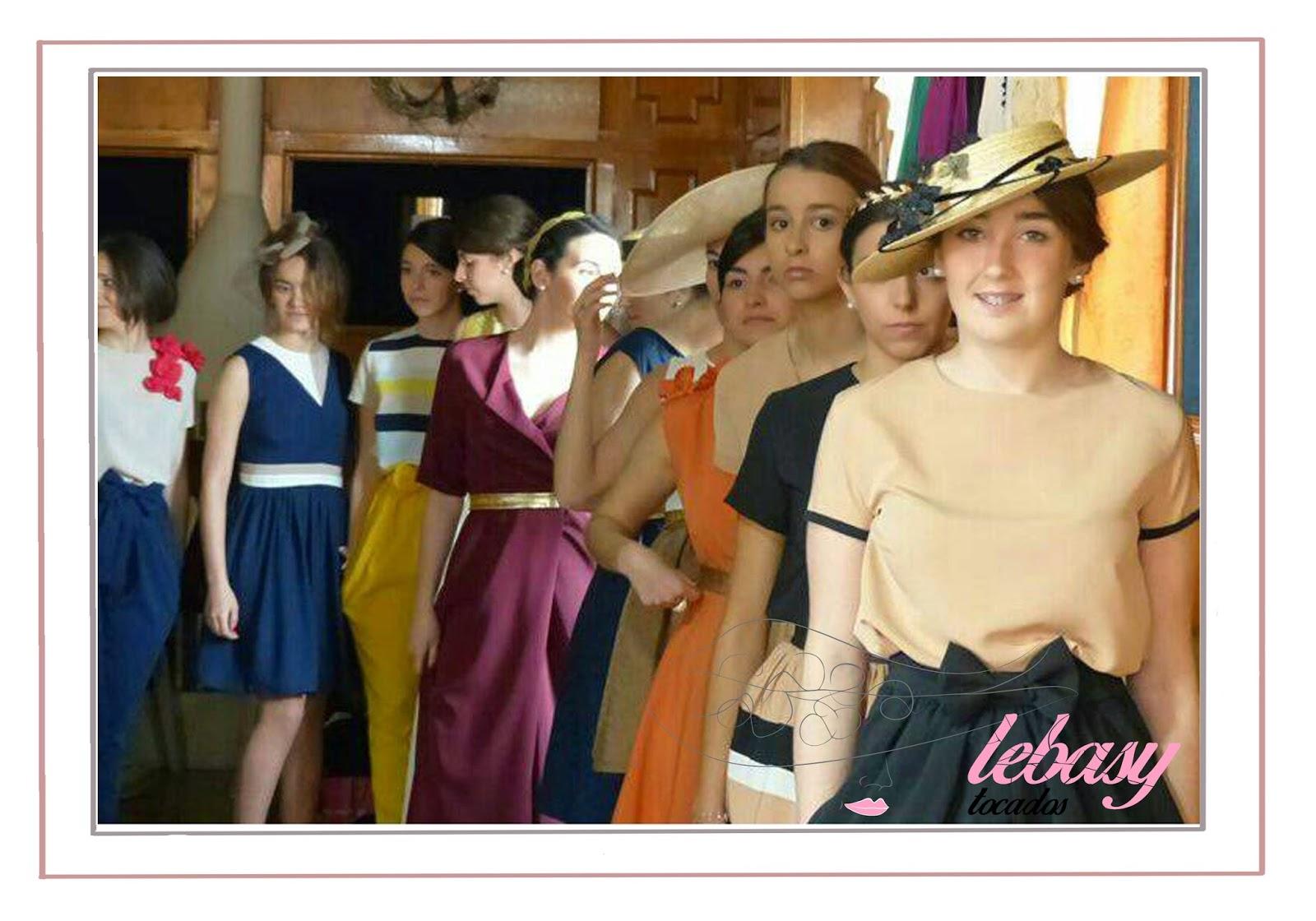 Carrusel modelos desfile primavera-verano Lebasy Tocados y Manuel Herreros