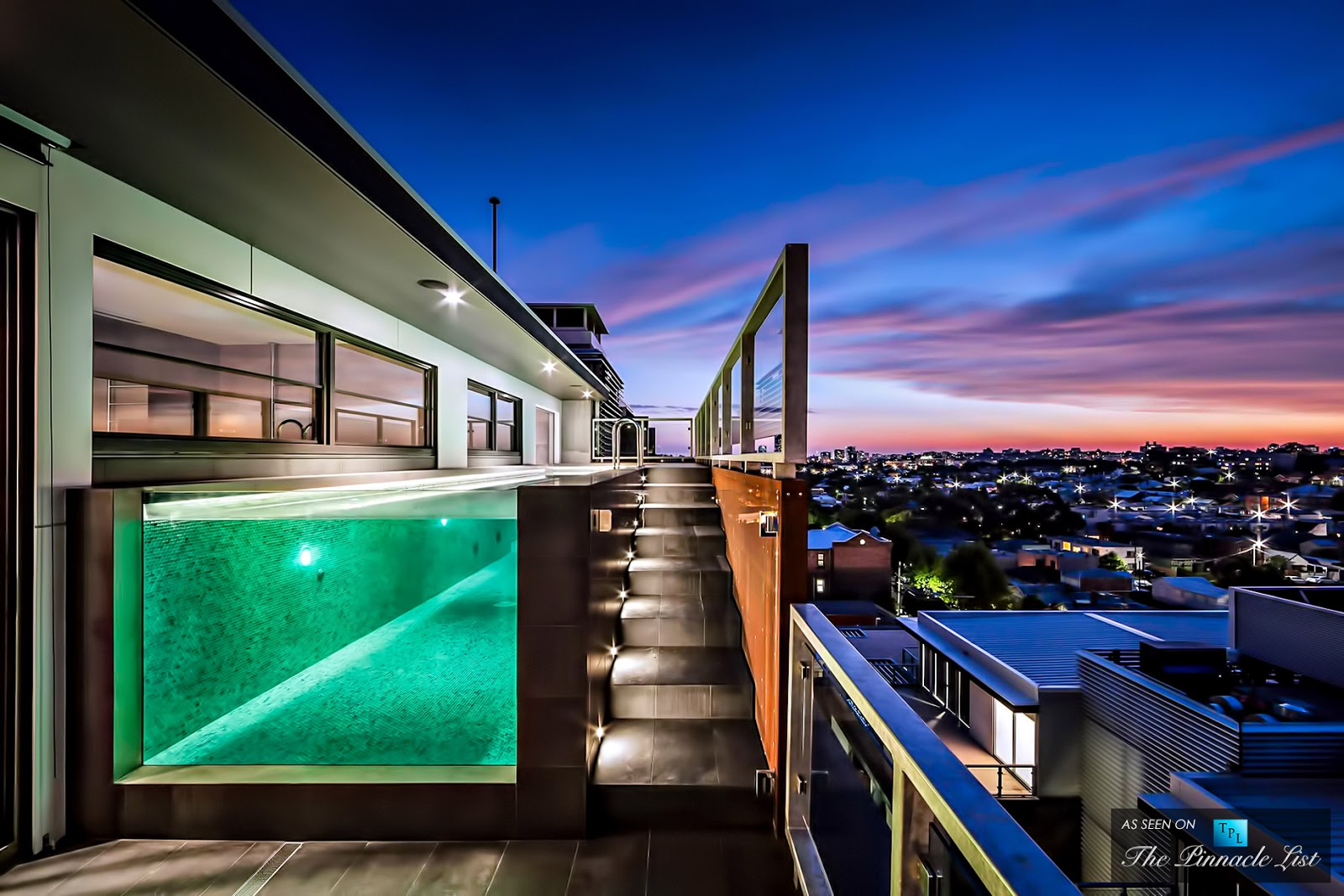 Passion for luxury cubo penthouse 59 coppin street for Pool apartments
