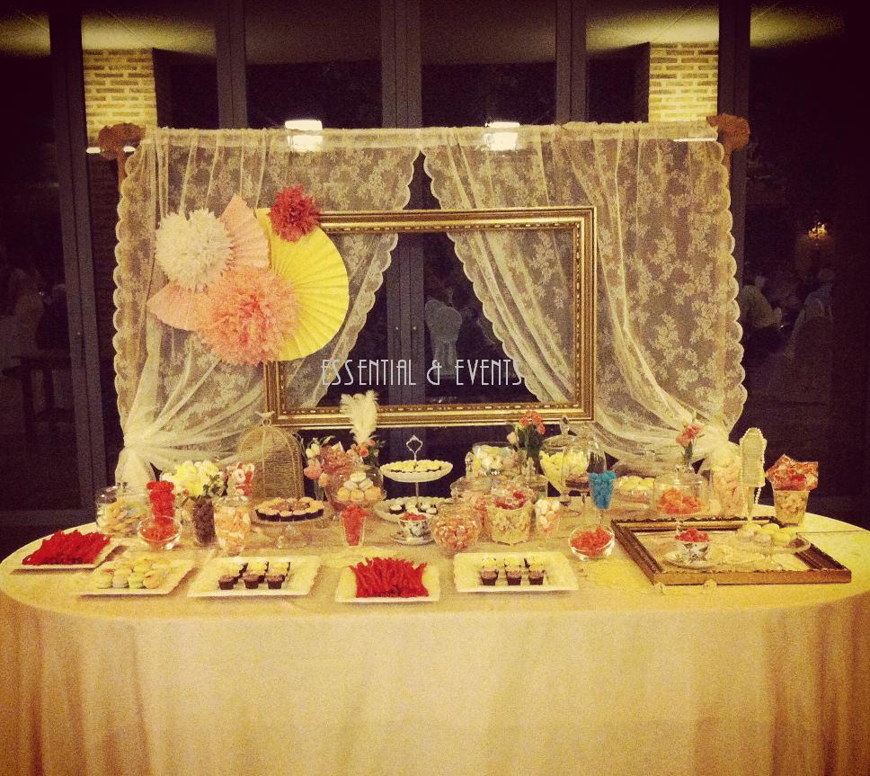 Candy bar buffet de chucher as ideas originales para bodas fiestas y cumplea os buffet de - Ideas para decorar mesas de chuches ...