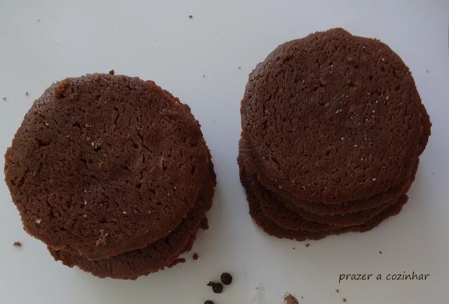 prazer a cozinhar - Salt and Pepper Cocoa Shortbread