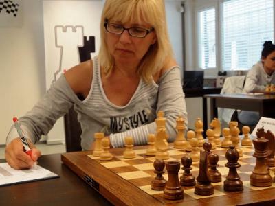 Elena Boric (2273) © Chess & Strategy
