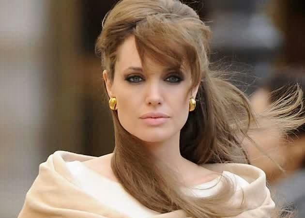 Profil, Biodata dan Daftar Film Angelina Jolie - Nama Film
