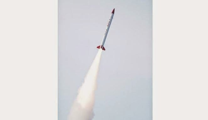 Lapan Sukses Uji Terbang Roket Buatan Sendiri