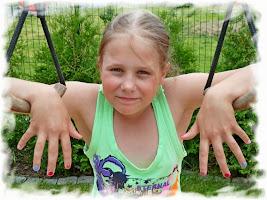 SYLWIA (13 lat) - moja zdolna siostrzenica