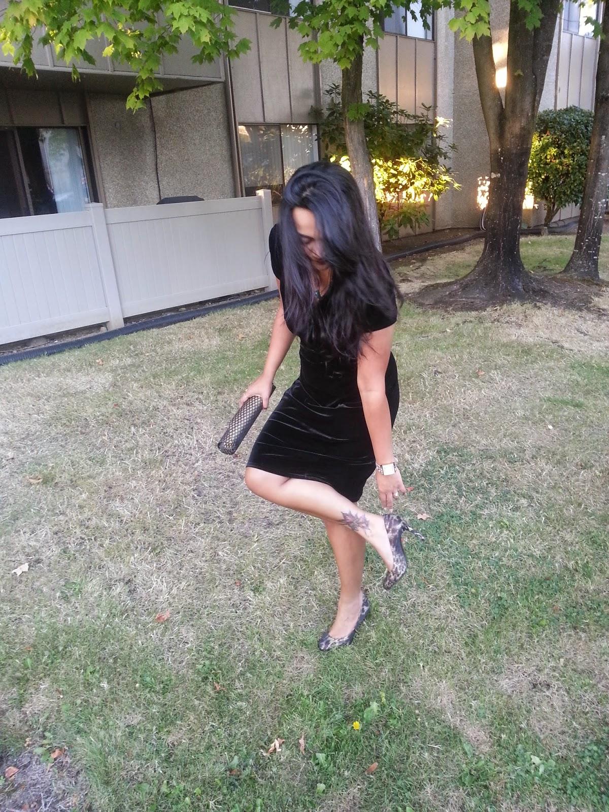 Seattle fashion blogger, Black Velvet dress, classy black dress, lady like dress, elegant dress for indian women, famous indian fashion blogger,