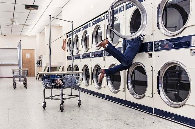 Buat yang Males Cuci Baju