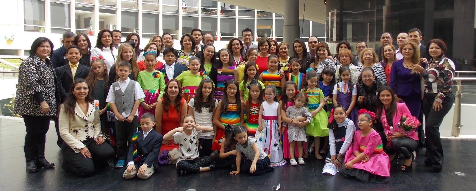 Hilda flores escalera senadora inauguraci n de la for Blanca lilia romero cenipalma